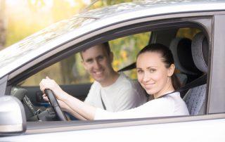A nők vagy a férfiak okoznak több balesetet?