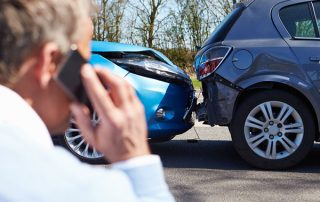 2 autó balesete