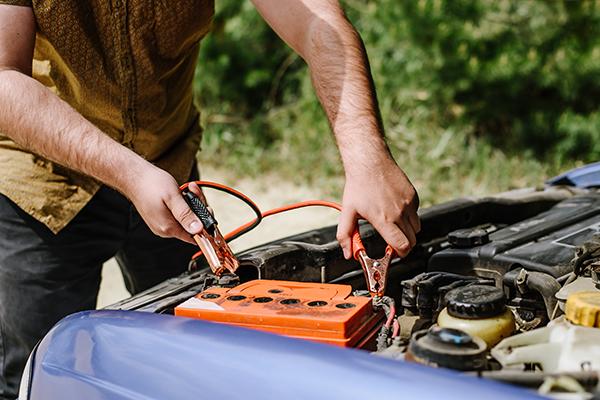 akkumulátor bikázás