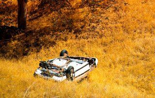 felborult autó